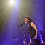 TINA ARENA EN CONCERT - 11/2011 - TOULOUSE